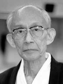Tento obrázok nemá vyplnený ALT popisok, jeho názov je KishomaruUeshiba016.jpg